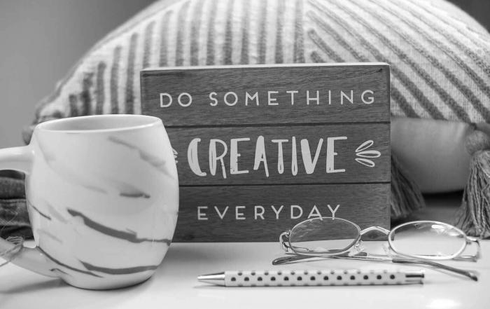 Do_something_creative-everyday_Schild_schwarz_weiss